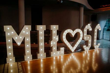 Napis Miłość + Serce retro